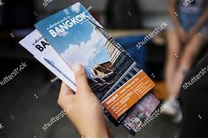 51  Travel Agency Brochure Templates