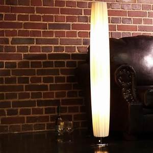 Stehlampe Für Wohnzimmer : sch ne plissee stehleuchte lounge lampe runde stehlampe wohnzimmer wei kaufen bei ~ Frokenaadalensverden.com Haus und Dekorationen