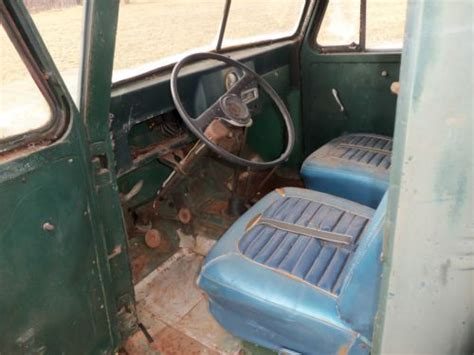 sell    jeep pickup willys overland  ton