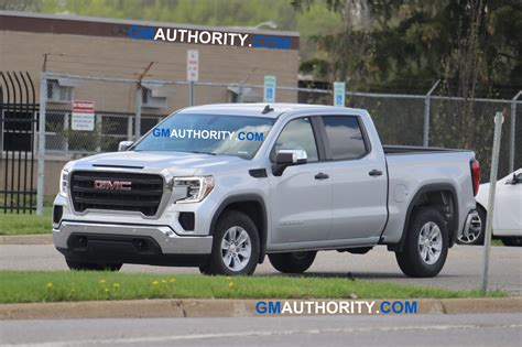 New 2019 Gmc Sierra Pictures Show Base Trim Photo Gallery