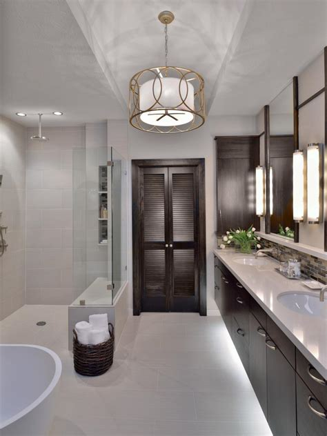 stunning cool bathroom ideas  redecorating house