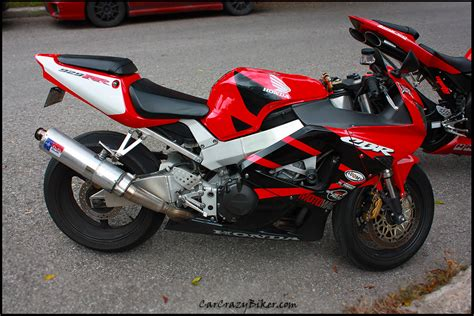 Yamaha Cbr by Honda Cbr Yamaha Yzf R1 Carcrazybiker