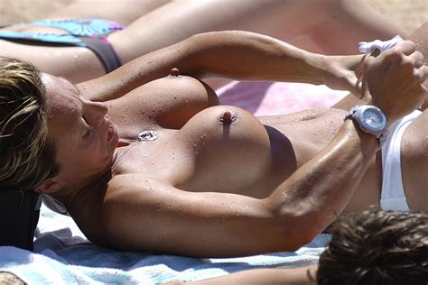Creepshot Amateur Milf Beach Boltons Bolted On Tits Adult Pictures Pictures Sorted By