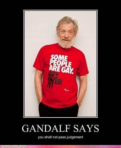 Ian Mckellen Pass Shall Gandalf Gay Magneto
