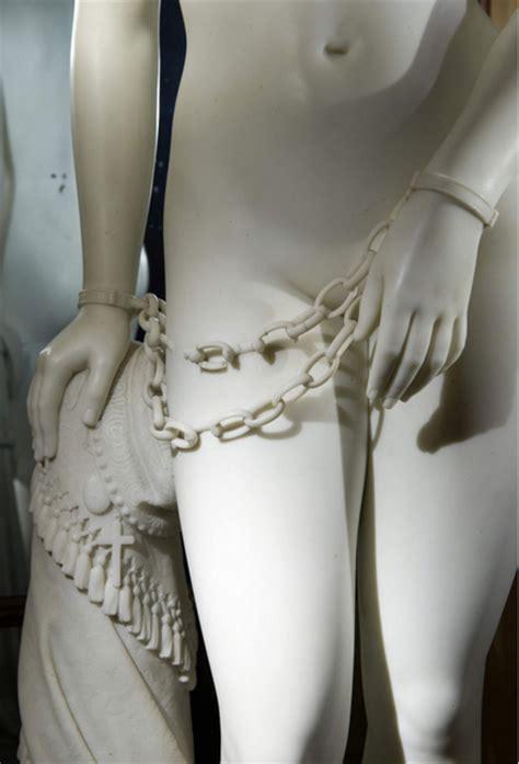 sculpture chains   armstrong gun john bells