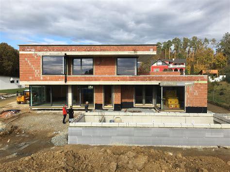 Modernes Haus Weiße Fenster by Unser Haus Flachdach Modern Rohbau 220 Berlaufpool Im