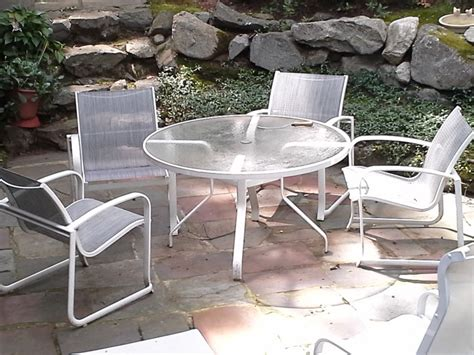 White Patio Furniture Deals