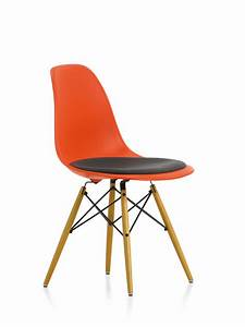 Eames Plastic Side Chair : eames plastic side chair dsw chair with seat cushion vitra ~ Bigdaddyawards.com Haus und Dekorationen