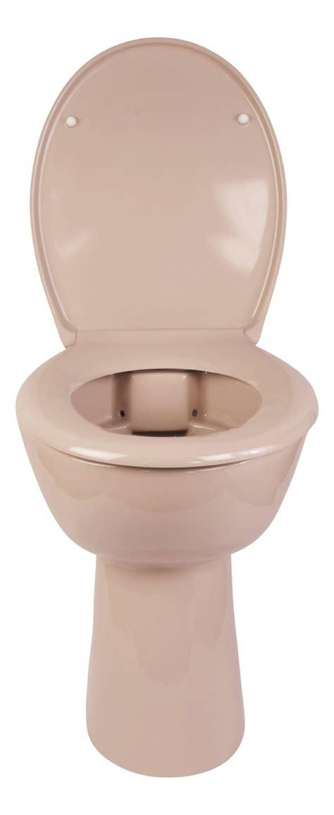 stand wc beige beiges stand wc mit erh 246 hung sp 252 lrandlos www calmwaters de