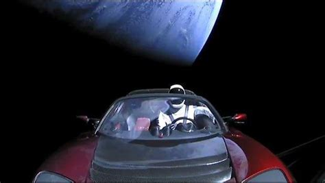 14+ Tesla Car In Space Live Stream PNG
