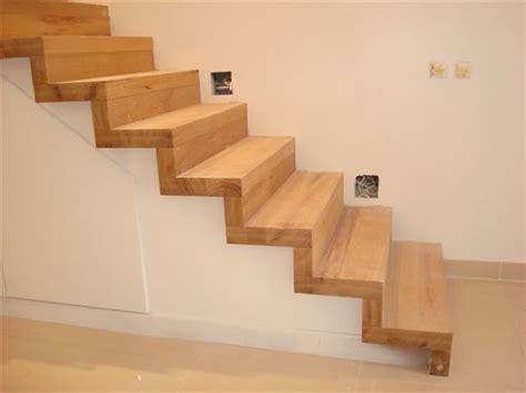 re escalier bois interieur avis r 233 alisation escalier 224 recouvrir de bois