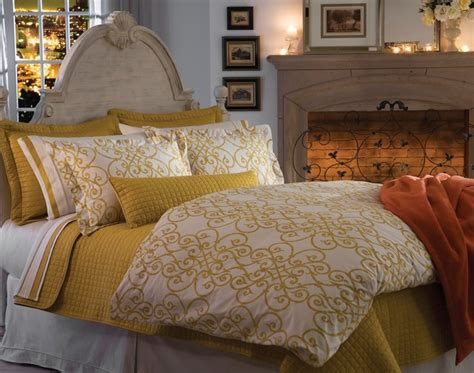 Duvet Vs Coverlet by Quilts Coverlets Duvets What S The Difference In Coverlet