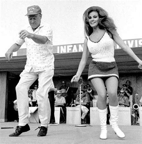 Raquel Welch - South Vietnam 1967 Bob Hope - Sixties retro ...