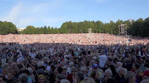 people   wave  estonia youtube