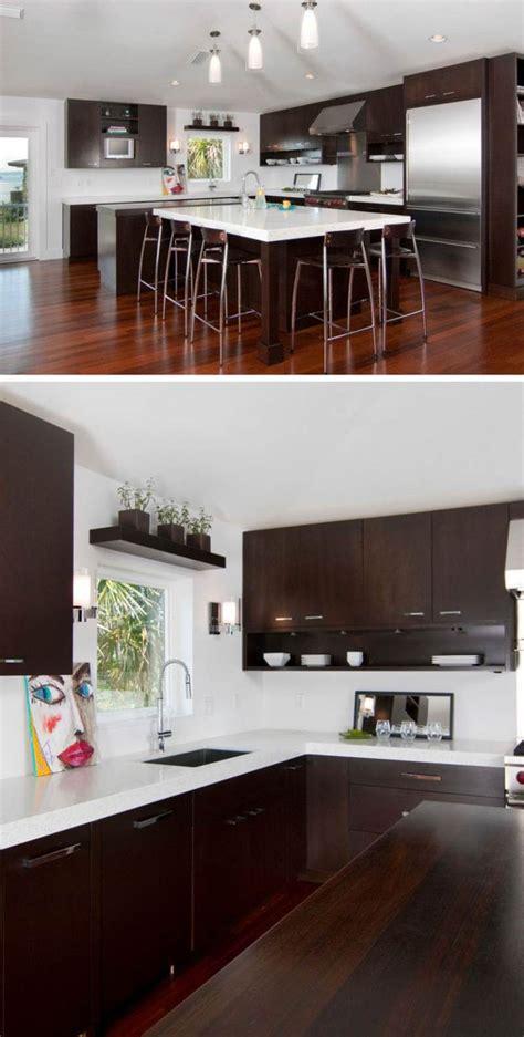 cuisine blanche plan travail bois image de cuisine en bois sombre avec plan de travail blanc