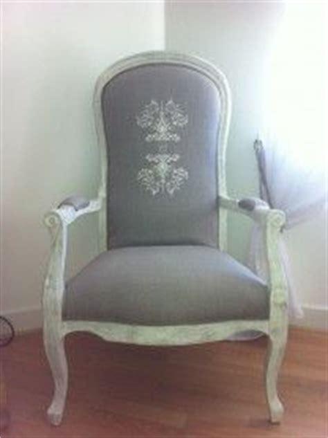 chaise voltaire fauteuil voltaire chaise et baignoire canapé