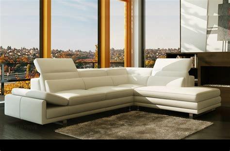 canap 233 d angle en cuir italien prestige s 233 lection 6 7 places izen blanc 233 cru mobilier priv 233