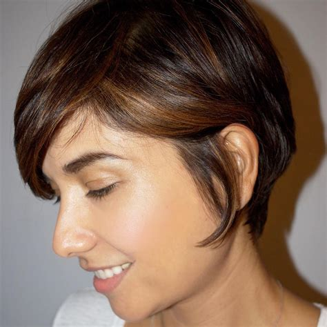 Short Hairstyles Above Shoulder