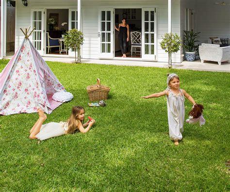 tips  creating  child friendly garden