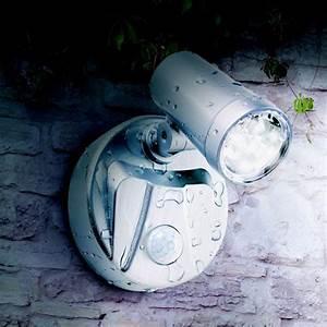 Lampe Detecteur De Mouvement Brico Depot : lampe spot x2 7 leds sans fil avec d tecteur de mouvement ~ Dailycaller-alerts.com Idées de Décoration