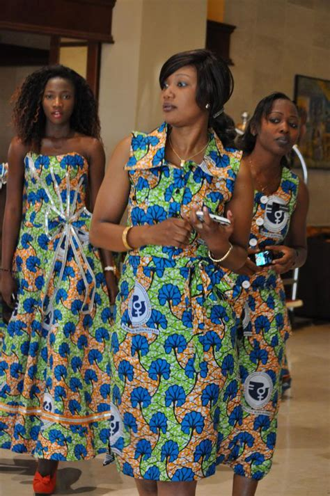 le de bureau loupe ouaga pascal et moi l 39 aventure africaine continue