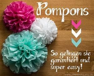 Pompons Aus Tüll Basteln : deko ideen selbermachen pompoms aus t ll basteln pictures to pin on pinterest ~ Markanthonyermac.com Haus und Dekorationen