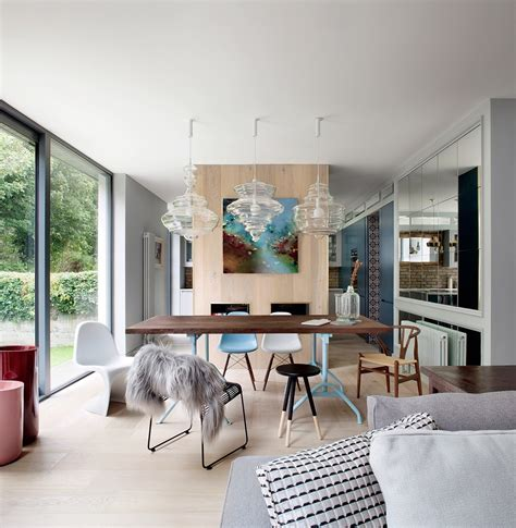 Dining Rooms That Mix Classic And Ultramodern Decor