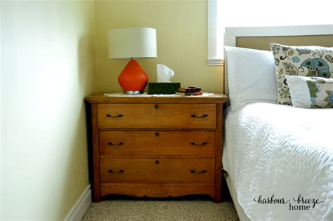 ways to arrange a small bedroom 5 simple ways to organize a small master bedroom harbour 20951 | bedside dresser ps