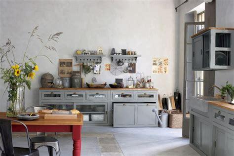 cuisine de famille decoration cuisine bleu et jaune