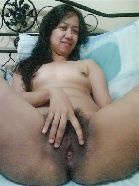 Sweet And Sexy Asian Amateur Show Her Very Hairy Pussy