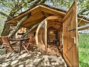 Cabane A Velo : cabane dans les arbres sterenn nuit insolite en morbihan ~ Carolinahurricanesstore.com Idées de Décoration
