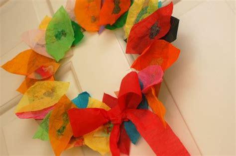 easy leaf wreath fun family crafts
