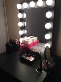 Makeup Vanity Desk With Lighted Mirror by Vanity Set Vanity Hollywood Women S Fashion