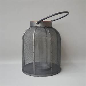 Kellerfenster Metall Mit Gitter : laterne aus gitter und metall mit innenglas deco top ~ Eleganceandgraceweddings.com Haus und Dekorationen