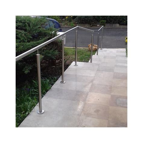 re escalier inox en kit sur poteaux
