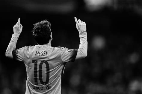 15 Black and White Picture Of Messi Selection  Black And