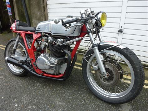 Classic Cafe Racer Motorbike Honda Cb450
