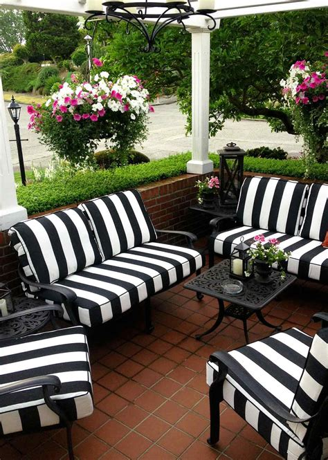 Back Patio Furniture by Black And White Striped Seating Cushions For The