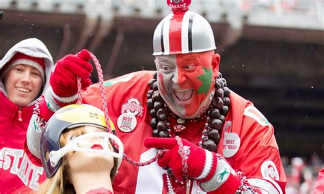 WATCH: Ohio State football restarts countdown clock for ...