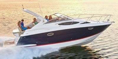 Regal Boats Nada by 2014 Regal Marine 30 Express Standard Equipment Boat