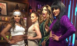 jennifer lopez judges doppelganger drag queen contest