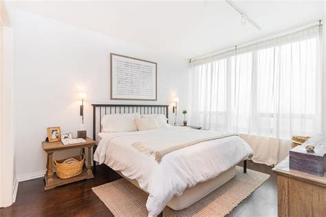+ White Bedroom Design