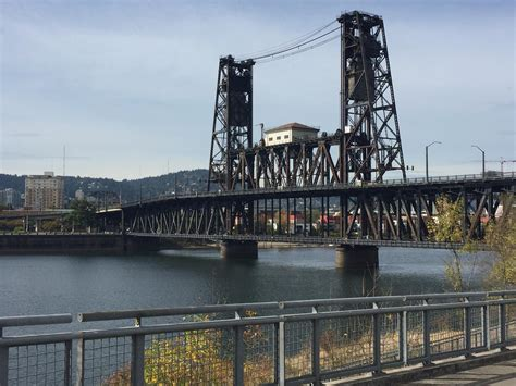 UP: Union Pacific Railroad Replacing Steel Bridge ...