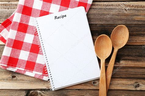 livre de cuisine vierge livre de recette vierge ouvert photo 126730316