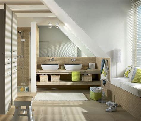chambre sous combles couleurs aménagement combles de rêve idées de mansarde design