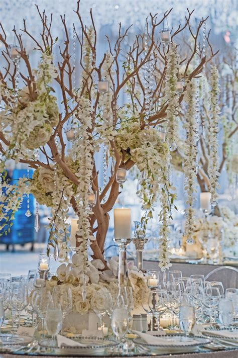 wedding tree decorations best 25 manzanita tree centerpieces ideas on