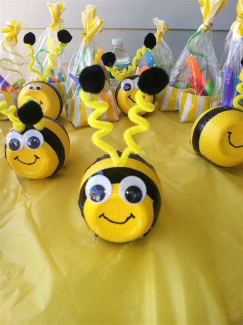 bumble bees    water bottles craft ideas