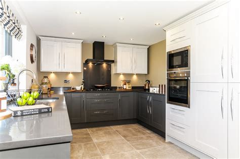 light grey shaker kitchen savoy shaker painted in light grey and lava with silestone 6995