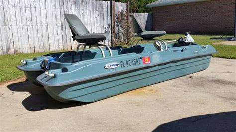 10 Ft Pelican Boat by 2 10 Ft Pelican Bass Electric Pontoon Boat