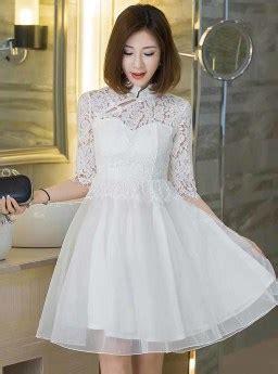 dress pesta brokat putih elegant  jual model